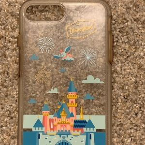 DISNEYLAND OTTERBOX iPhone 7 Plus case!